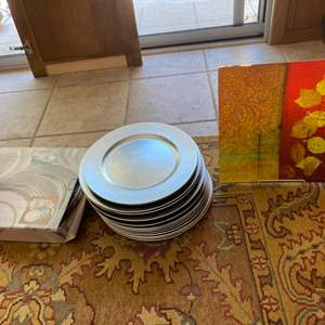 """Lot # 286 Lot of 13"""" Charger Plates and Prima Donna Plate"""