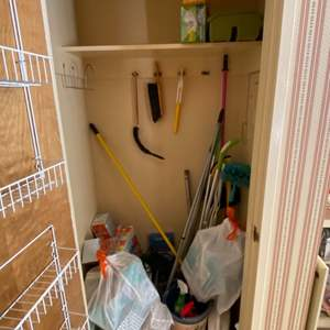 Lot # 300 Lot of Cleaning Items