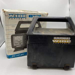 Lot # 30 Hummingbird Wide Portable Fish Finder