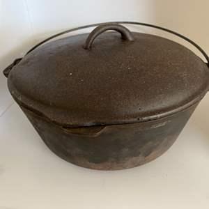 Lot # 45 Cast Iron Dutch Oven / Camp Pot