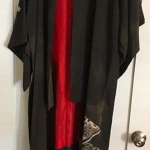 Lot # 81 Women's Kimono Robe
