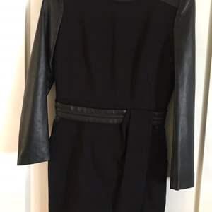 Lot # 83 The Koopies Hopla Stretch Woman's Dress Size 38