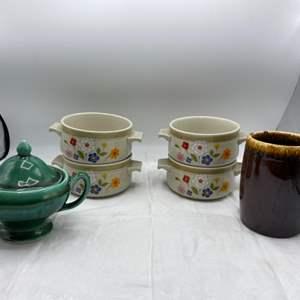 003 - Vintage Ceramic Tableware