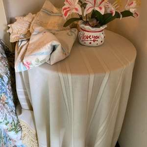 Lot # 188 Table with Cover plus Bonus Linens and Fake Plant