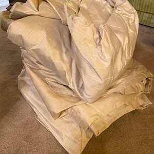 Lot # 191 Large Piece of Linen
