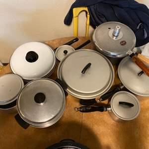 Lot # 235 Lot of Similar Pots and Pans