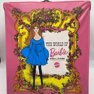 Lot # 85 The World of Barbie Doll Case