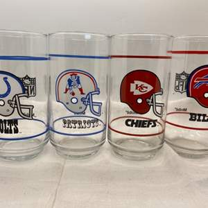 Auction Thumbnail for: Lot # 26 Lot of NFL Drinking Glasses