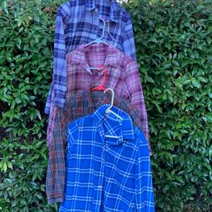 Lot # 119 Lot of Flannel Shirts S/M