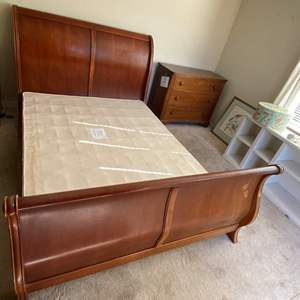 Lot # 34 Queen Size Sleigh Bed - Box Spring Not Included