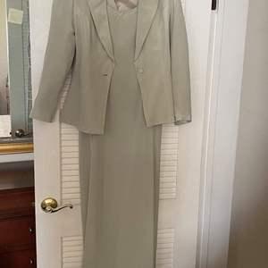 Lot # 47 Richard Warren Ladies Evening Gown - Size 6
