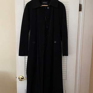 Lot # 48 London Fog Coat - Ladies Size 10P