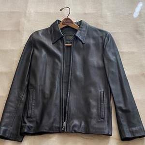 Lot # 49 Golden Bear Ladies Black Leather Jacket - Size 6