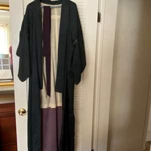Lot # 50 Kimono
