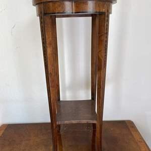 Lot # 58 Vintage Heritage Wood Stand