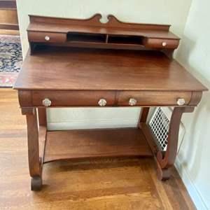 Lot # 126 Vintage Wood Desk