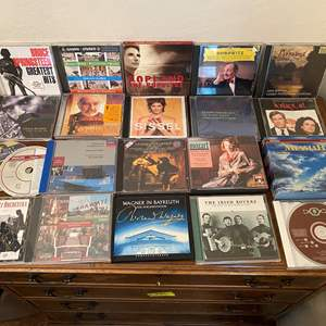 Lot # 130 Lot of CDs UN-TESTED