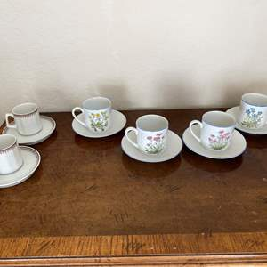 Lot # 142 Lot of 6 Cappucino Cups and Saucers