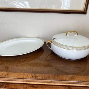 """Lot # 148 WH Grindley """"The Beaumont"""" Soup Bowl / Lid and Platter"""