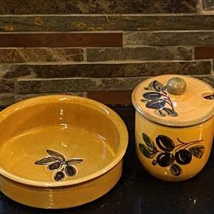 Lot # 155 Lot of Olive Design Pottery Kitchen