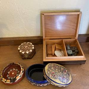 Lot # 250 Lot of Trinket Boxes and Ash Tray