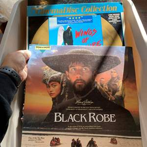 Lot # 272 Lot of 65 Laser Disc Movies UN-TESTED