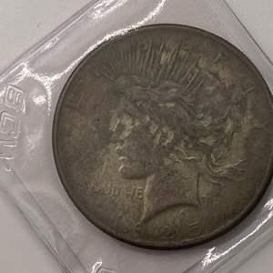 Lot # 34 Peace Dollar 1925