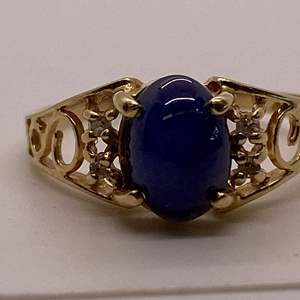 Lot # 41 14K Yellow Gold Blue Stone Ladies Ring