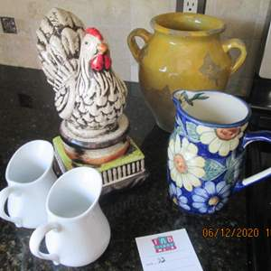 32-Rooster & Pottery