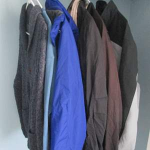 38-Assorted Men's Jackets, Sweater, 6 Pieces