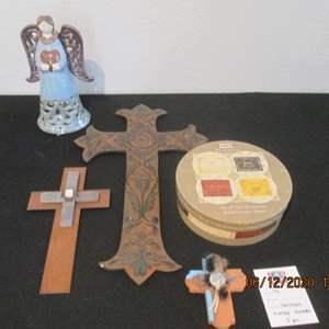 44-Crosses, Angel & 4-Piece Plate Set