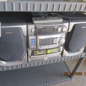 128-AIWA Stereo Unit, CD, Cassette