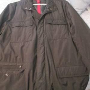 18-Assorted Men's Jackets, Sweats, Sweater, 6 Pieces