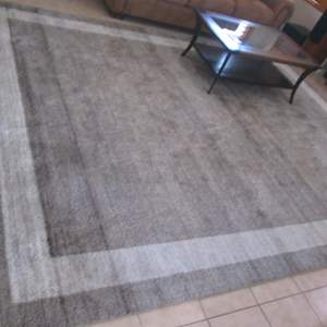 Auction Thumbnail for: Lot # 19 - Area Rug, Neutral Colors