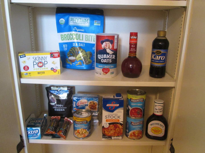 Lot # 7 - 14 Food Items (main image)