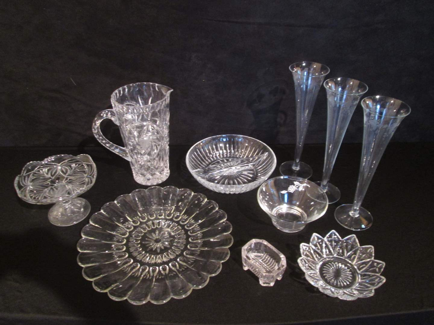 Lot # 22 - Crystal Serving Pieces, 10 Items (main image)