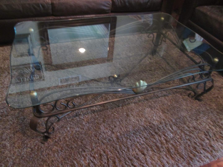Lot # 32 - Coffee Table, Glass Top/Metal Base (main image)