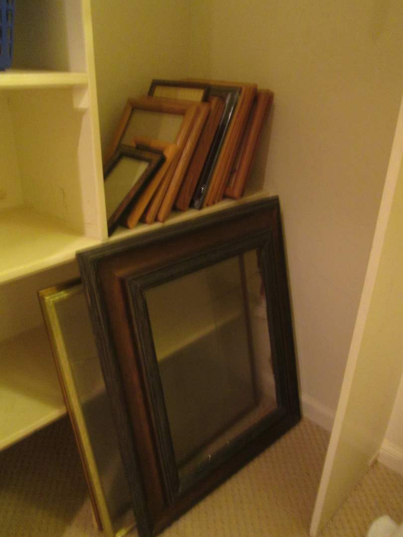 Lot # 62 - Assorted Picture Frames (main image)