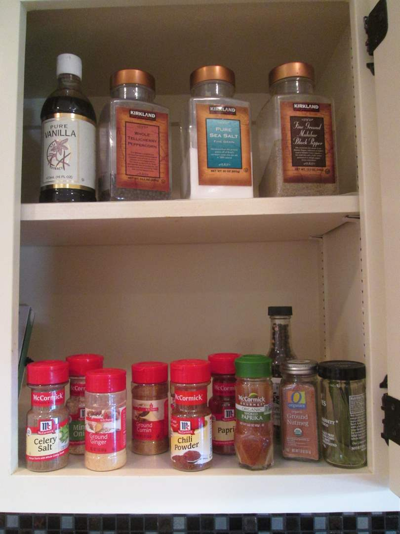 Lot # 90 - Variety of Spices (main image)