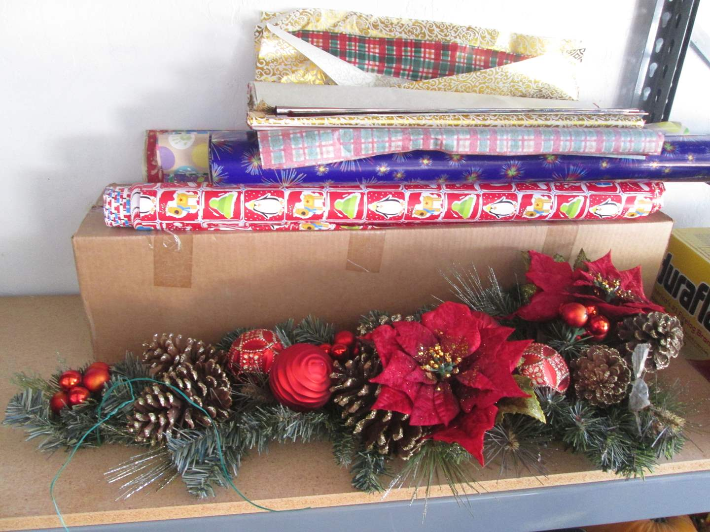 Lot # 135 - Christmas Tree, Wrapping Paper & Swag Decor (main image)