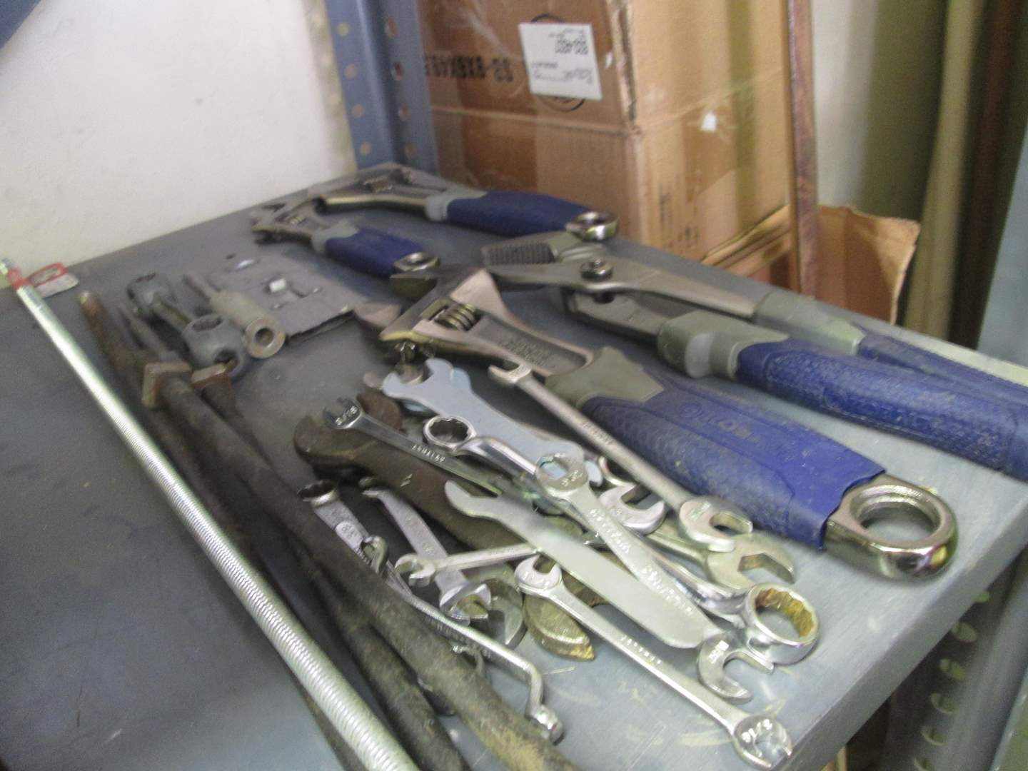 Lot # 148 - Miscellaneous Hand Tools (main image)