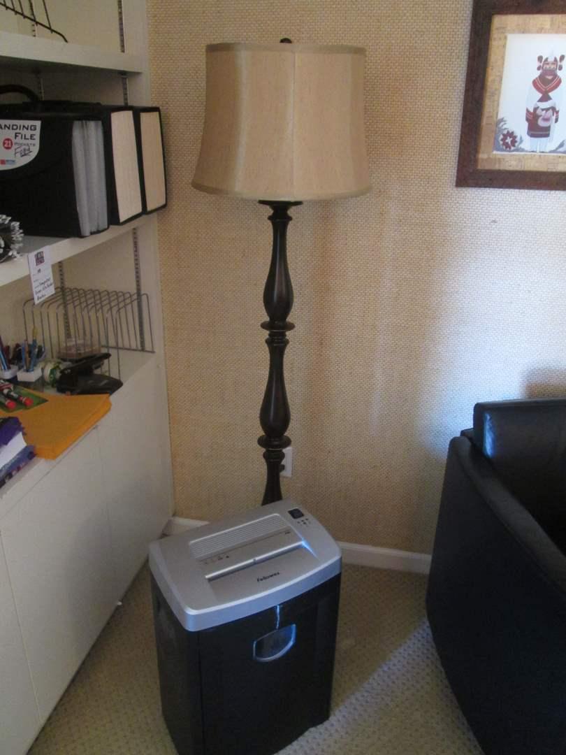 Lot # 204 - Floor Lamp & Shredder (main image)