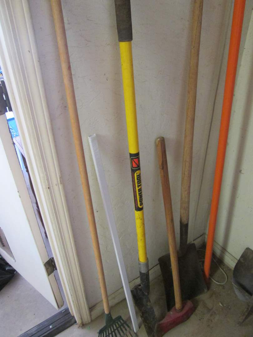 Lot # 159 - Yard & Gardening Tools, 6 Items (main image)