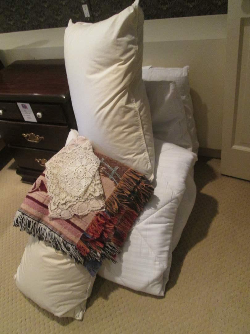 Lot # 250 - Queen Mattress Pad, Throw, Bed Pillows, Doilies (main image)