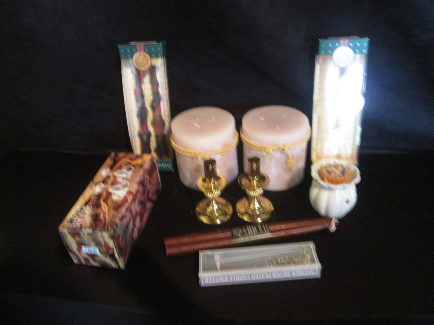 Lot # 291 - Candles & Candlestick Holders (main image)