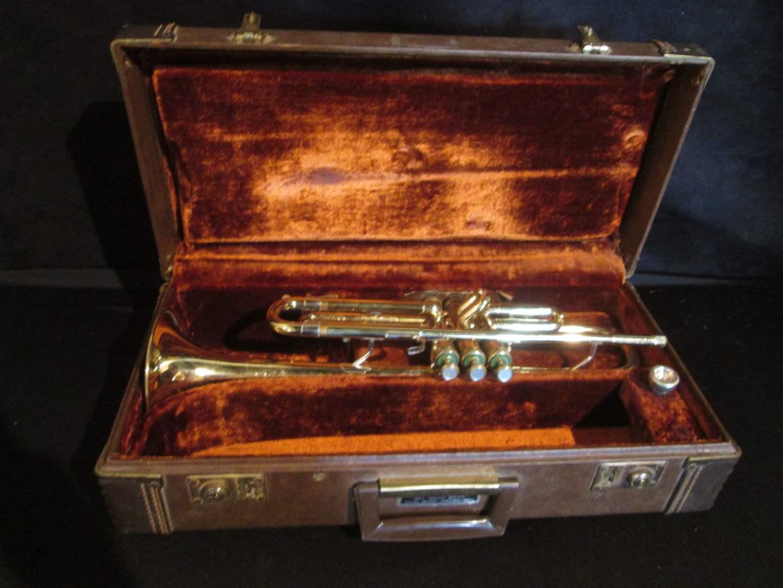 Lot # 340 - Vintage Olds Ambassador Trumpet with Case (main image)