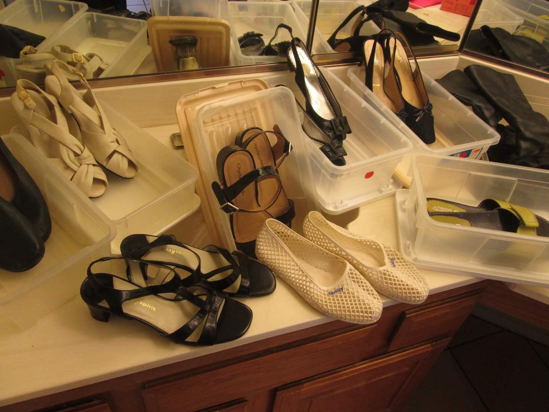 Lot # 4 - Ladies Shoes & Boots (main image)