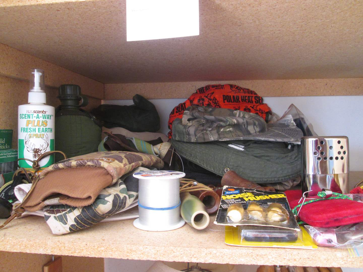 Lot # 31 - Miscellaneous Camping Gear (main image)