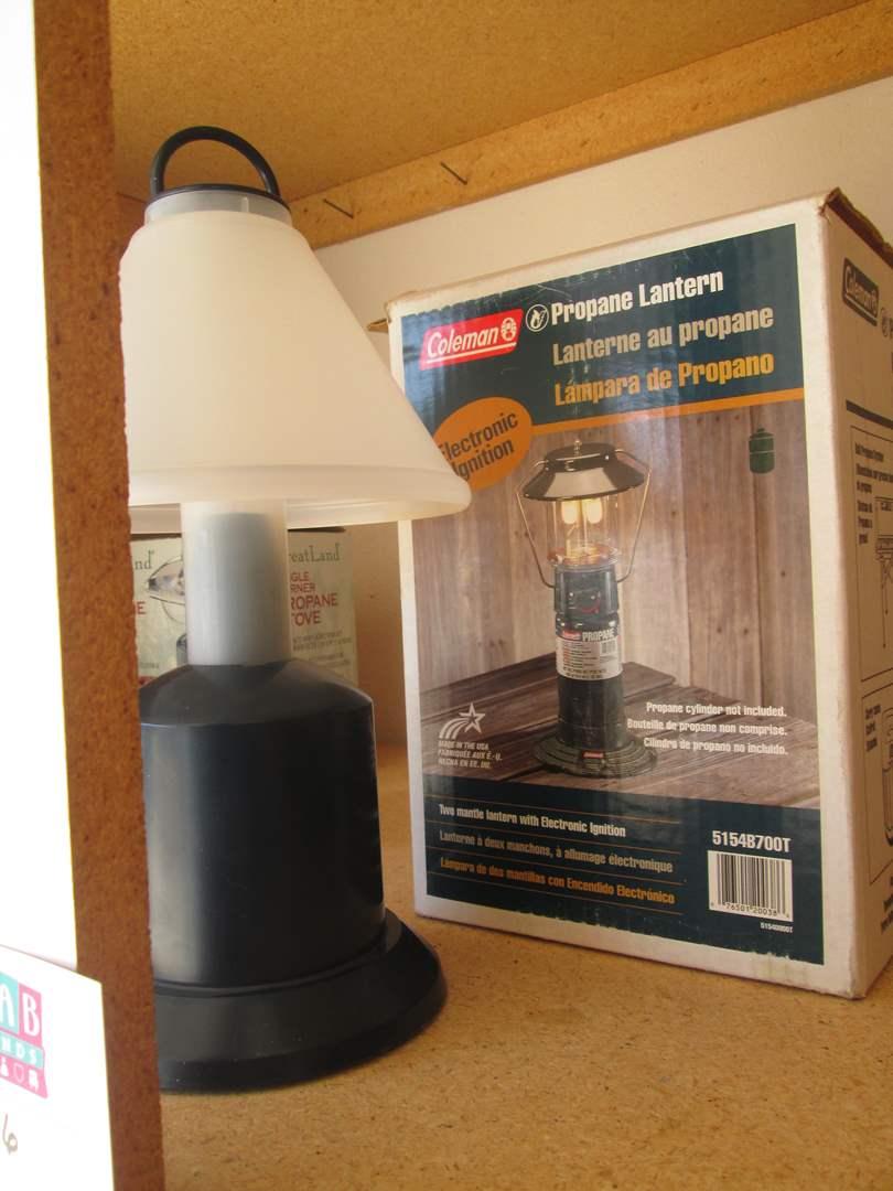 Lot # 36 - Propane Lantern & Battery Light (main image)