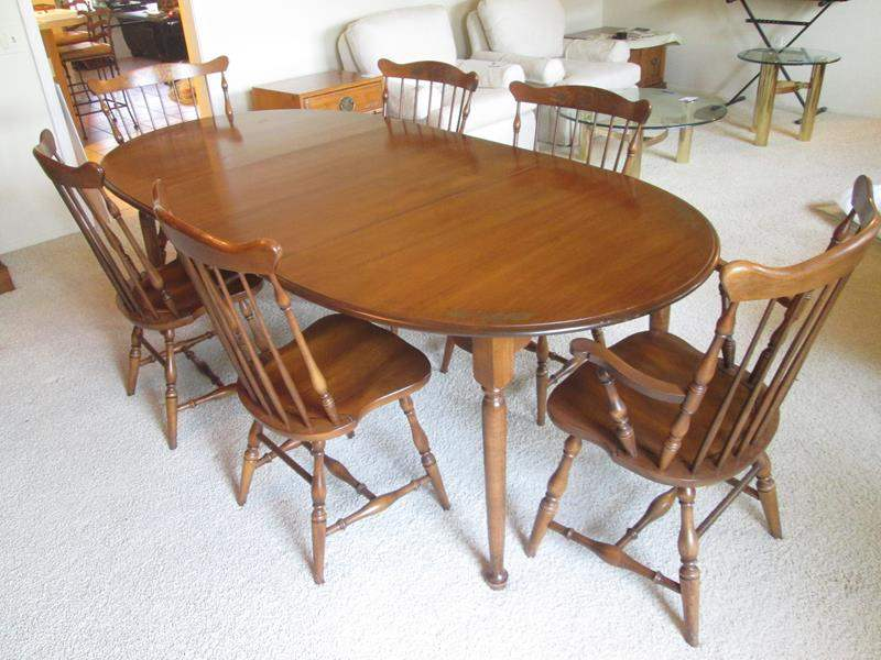 Lot # 51 - Colonial Style Table/6-Chairs + 2-Leaves & Pads (main image)